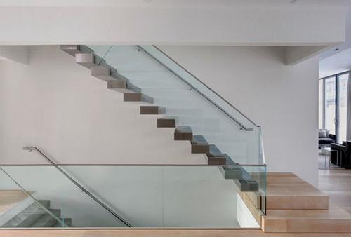 Thiết kế cầu thang kính bền đẹp, sang trọng - 5