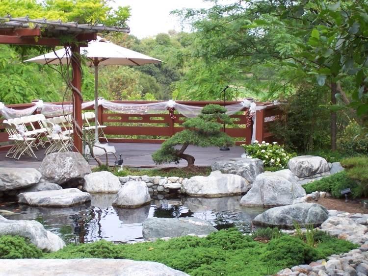 khu vườn giản dị