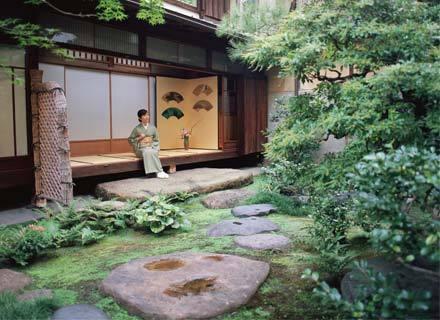 Những mẫu thiết kế sân vườn Nhật Bản đẹp
